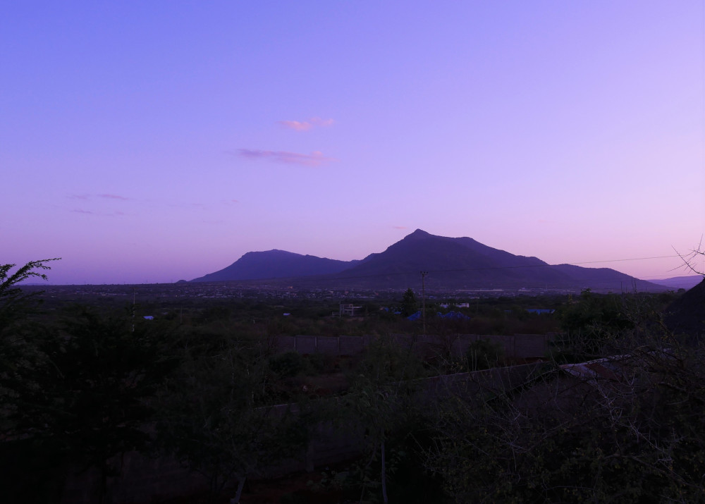 Erste Etappe zu den Tsavo Nationalparks