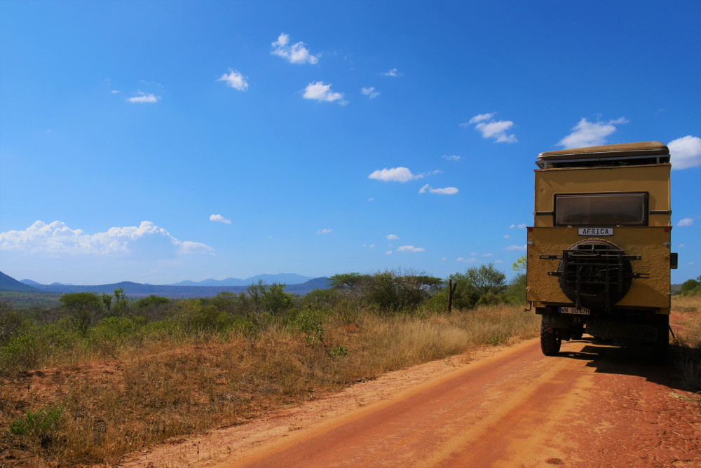 Ab nach Tansania